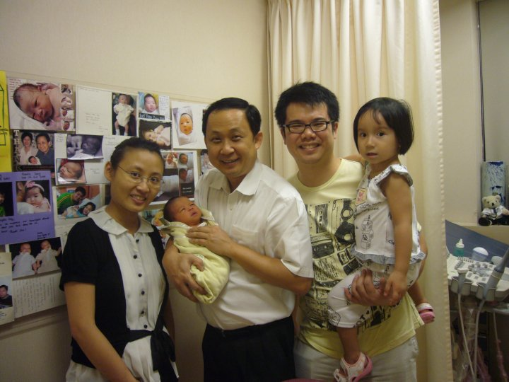 Dr Ong and us when we went back for my check 1 week after Zai's birth.